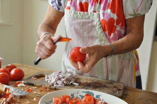 peel tomato