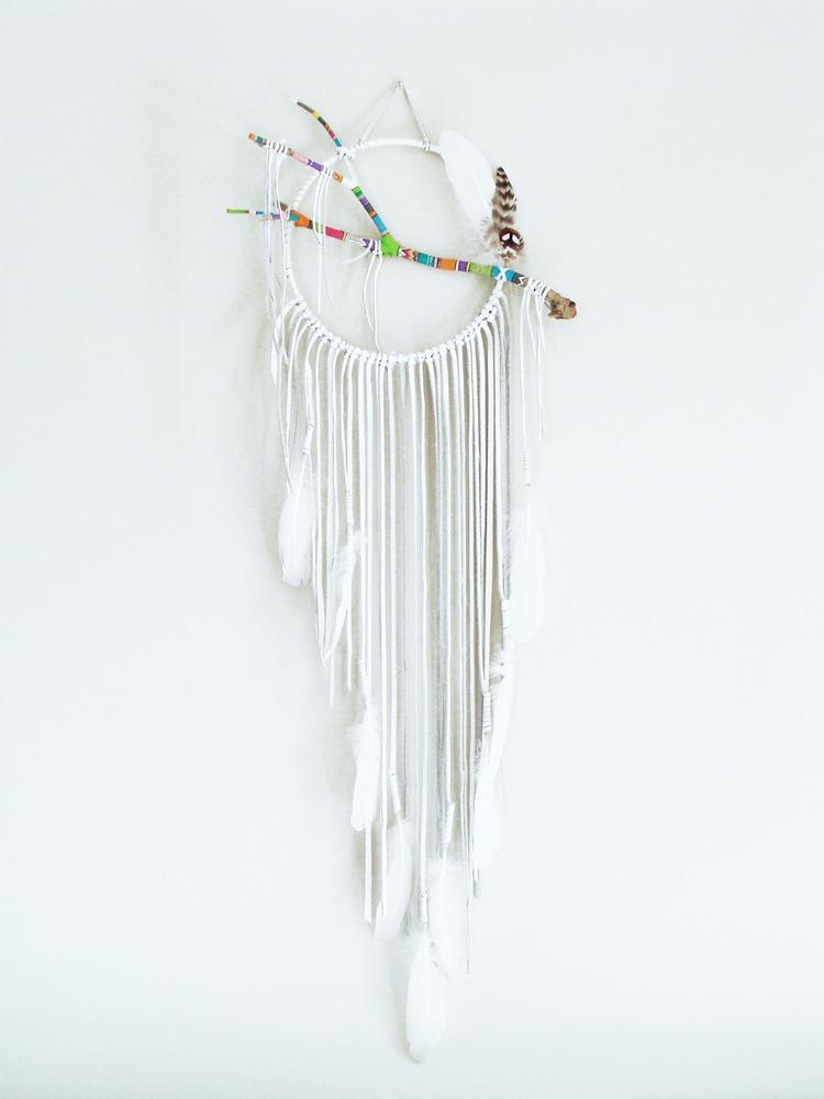 dream-catchers-by-luu-studio - white