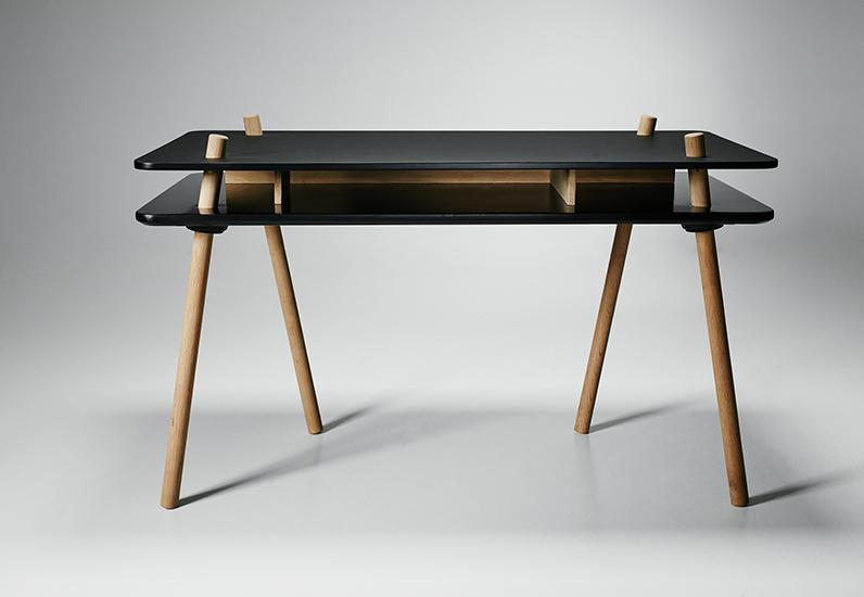 WON Design -stilt_desk