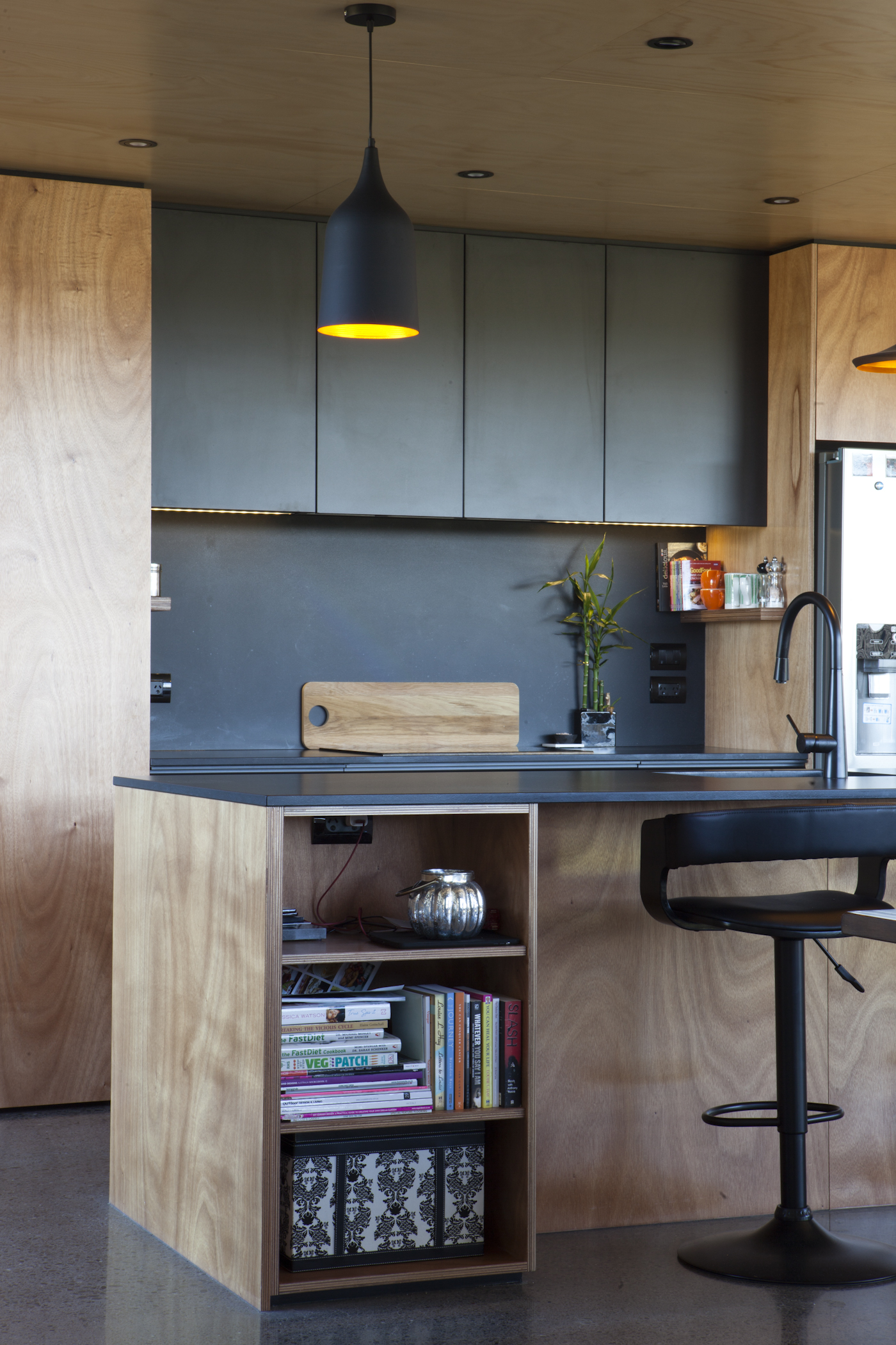 the-affordable-architect-box-living-6